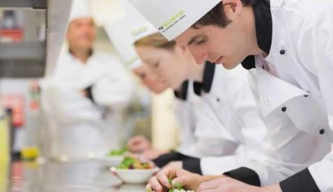 la scuola di cucina congusto di milano ricerca candidati per la seconda edizione di futuri chef il corso di cucina professionale completo