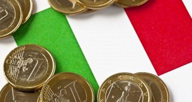 Tricolore con sopra pezzi da un euro